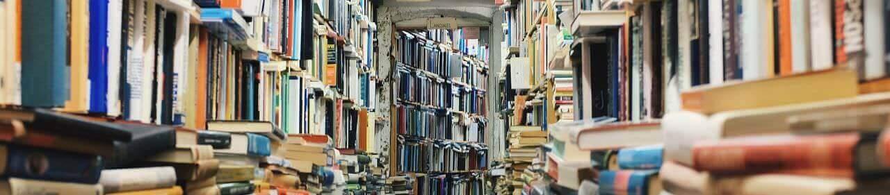books 768426 1280 e1471286875935